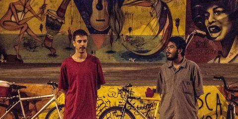 polícia agride jovens no sarau da consciência