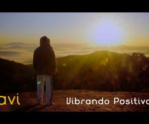 Navi lança o clipe da música Vibrando Positivo - REALI7E RECORDS